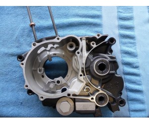 Blok Kartr leva strana motor 125- 250 vzduch rozvod OHC