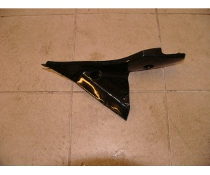 levý spodní kryt / plast nádrže pro SG 300 Hyundai