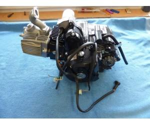 motor 125 cc (125cc) 4T s automatem a zpateckou 7kw