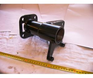 náboj zadní osy - levá strana Pioneer 250