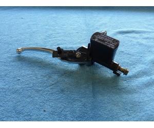 Packa pumpa brzda prava zavit 10mm