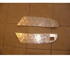 plechový kryt stupačky / nášlap na XYST260 Xingyue Sport 300 - cena za pár