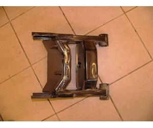 kyvka zadní kyvná vidlice - Pioneer 250